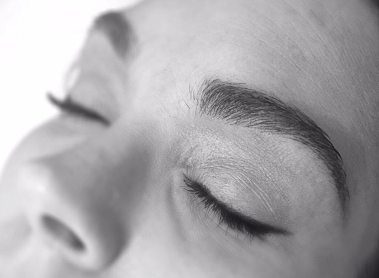 آرایش دائم یا میکروپیگمنتیشن چیست | همه چیز درباره میکروپیگمنتیشن و آرایش دائم